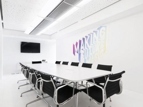 ofd_pall_meeting_table_oval_sqaure_legs_office_furniture_dubai_uae2