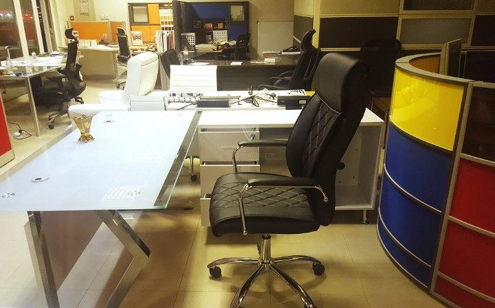Office furniture showroom in Dubai for best furniture